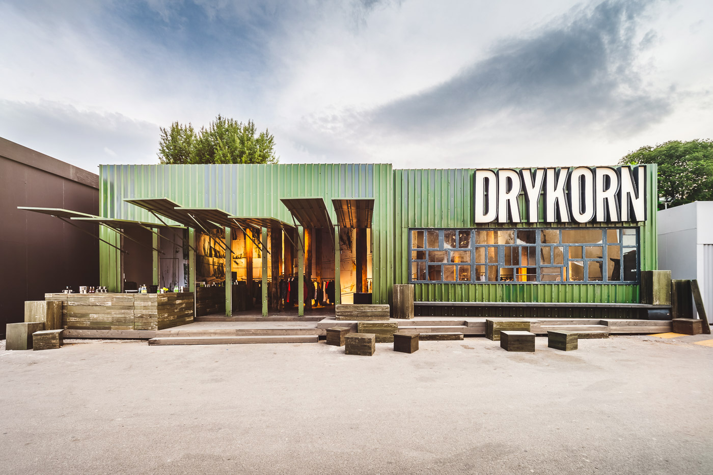 Drykorn Stand at Pitti Uomo 89 Florence © Giorgio Magini